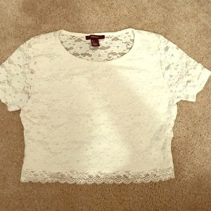 Forever 21 White Lace Crop Top (Worn 2x) 💕